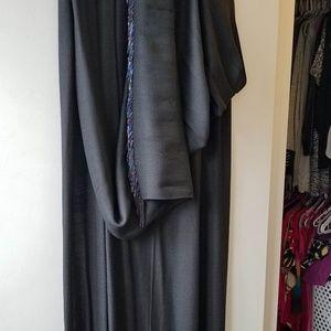 Pashimina-like shawl with beaded tassels